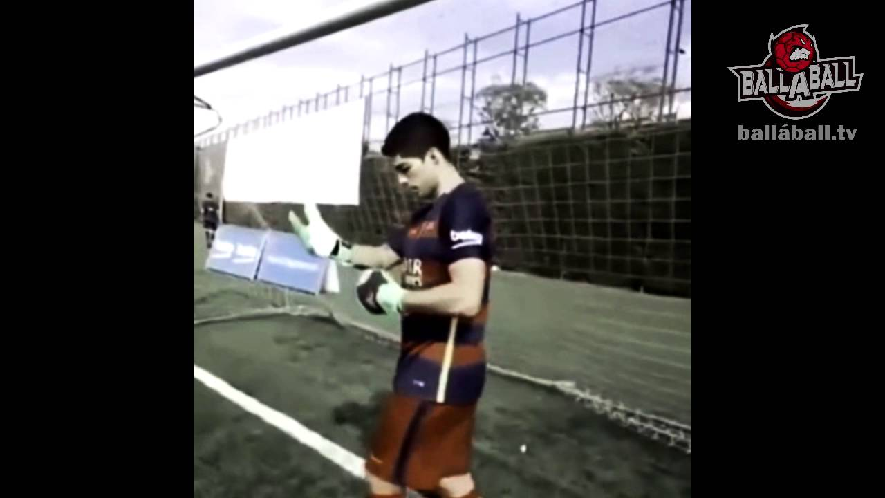 Луис суарес вратарь