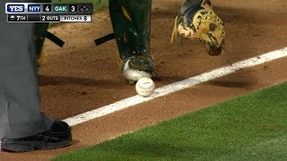 Headley lays down a perfectly placed bunt