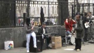 Уличные музыканты на Арбате - 28.04.11(Уличные музыканты на Арбате - 28.04.11 -------------------------------------------------------- Жмем Нравится и подписываемся на данный..., 2011-04-29T07:37:25.000Z)