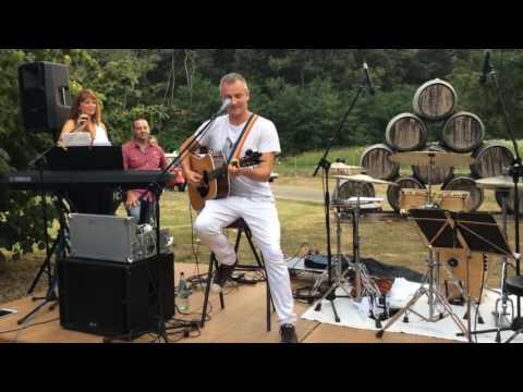 Joe Sumner live at Il Palagio