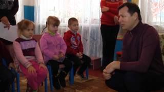 Ляшко дарує подарунки дітям Ніжинського та Носівського районів_сюжет