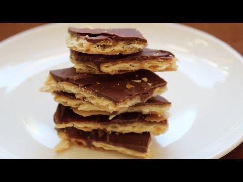 Christmas Crack - Saltine Cracker Toffee - Video