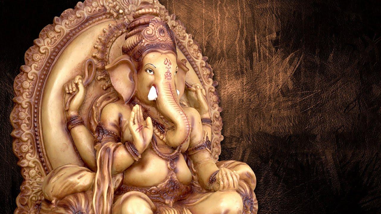 Lord Ganesha Devotional Songs - Om Ganapathy -Anuradha Sriram -Ganesh  Chaturthi Special -Tamil Songs
