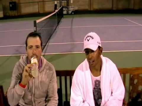 Pablo Martín y Pablo Larrazábal 'juegan' al tenis