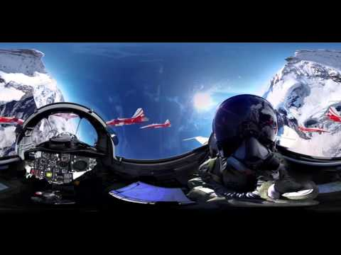 Video incredibil 360° (cockpit view   Fighter Jet   Patrouille Suisse)