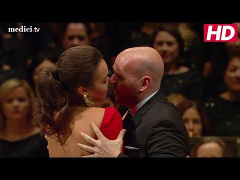"Nadine Sierra and Michael Fabiano - Massenet: Manon ""Toi! Vous!"""