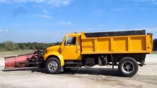 1993 International 4900 dump truck  Demo