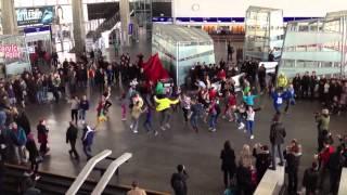 Flash Mob Ibis - Dworzec Centralny 2.04.2012