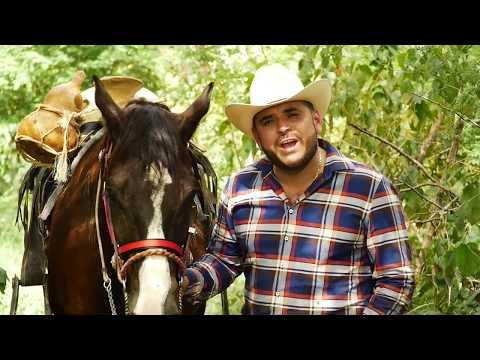 VIDEO: El Komander - No Ocupa La Banda Pa' Bailar Mi Cuaco (Video Oficial)