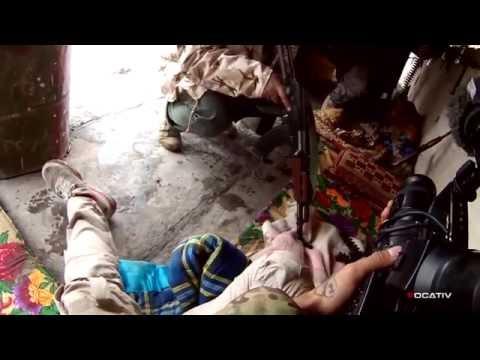 Ближний бой против ИГИЛ - слышны голоса боевиков. Русские субтитры.