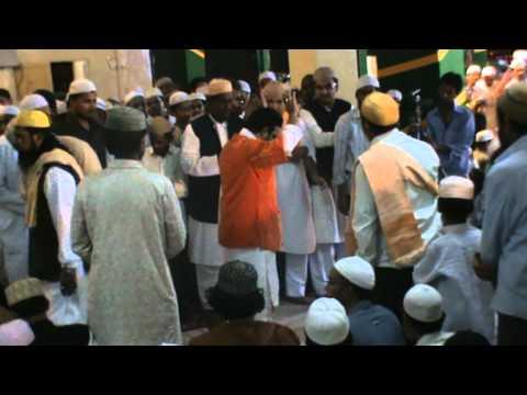 Kis cheez ki kami hai khaja teri gali mein - Sufi Qawwali