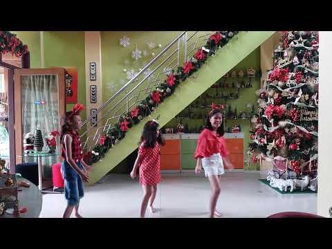 Jingle my bell by Nay, Nina, Kesya