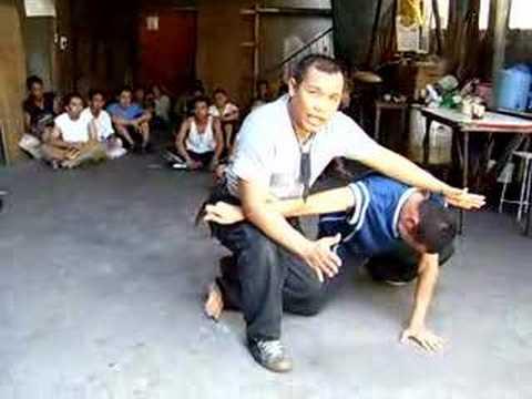 Filipino Combat Knife Fighting