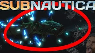 A NEW CREATURE!? HOW DEEP CAN YOU GO? | Subnautica #10