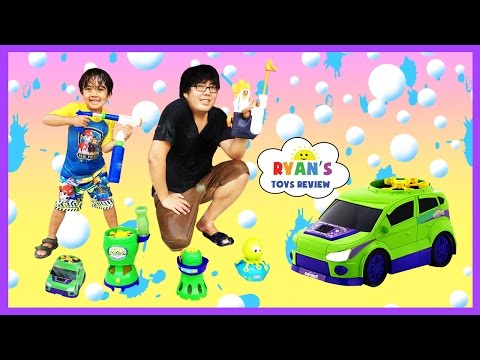 Gazillion Bubble Machine Monsoon Bubble Car Family Fun Water Gun Fight Kids Toys Ryan ToysReview