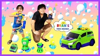 Gazillion Bubble Machine Monsoon Bubble Car with Ryan ToysReview