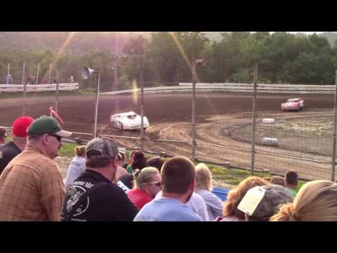 Hummingbird Speedway (7-15-17): Street Stock Heat Race #3