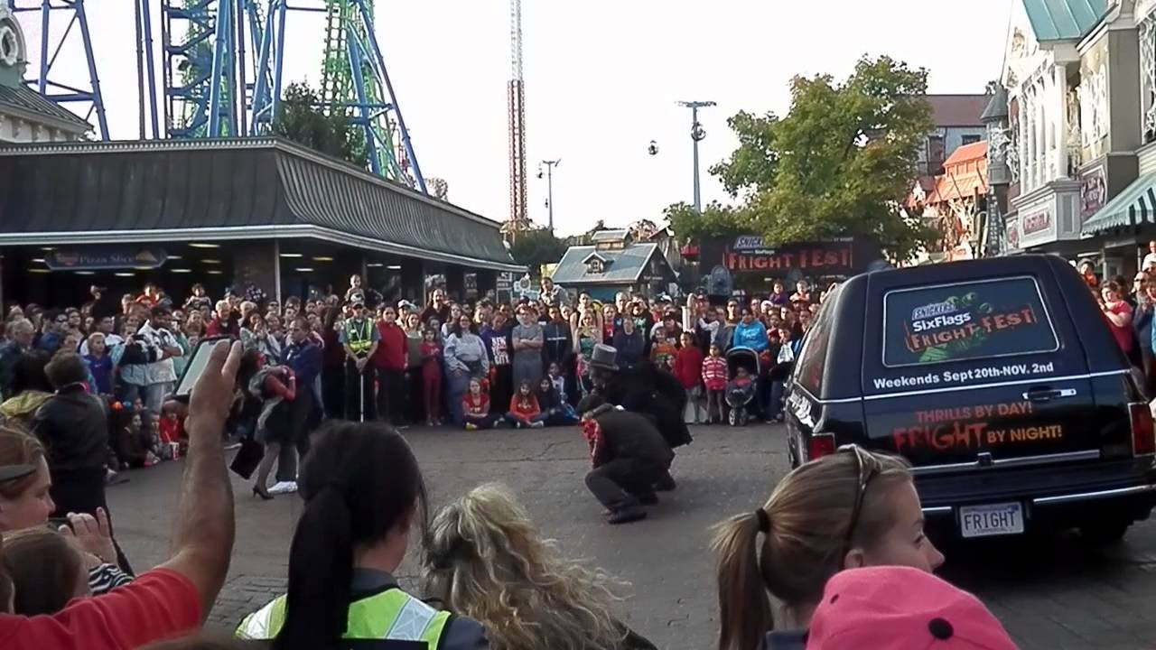 Fright Fest The Awakening Show At Six Flags New England