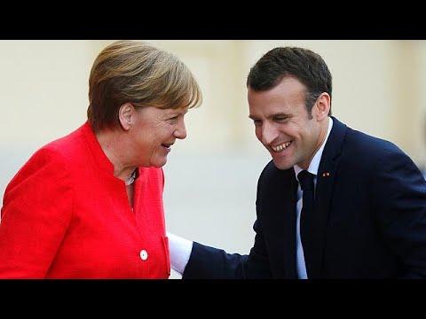 [ÉLŐ] Merkel és Macron Európa jövőjéről