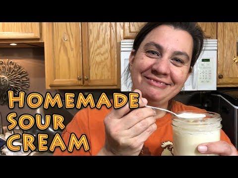 homemade-sour-cream
