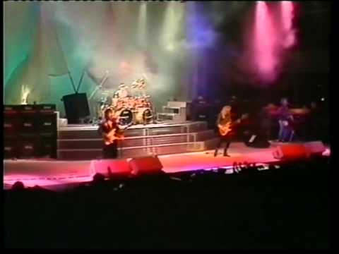 GARY MOORE - AFTER THE WAR  LIVE BELFAST 1989
