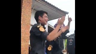 Người Thái ăn mừng cuộc giải cứu đội bóng nhí thành công (VOA)