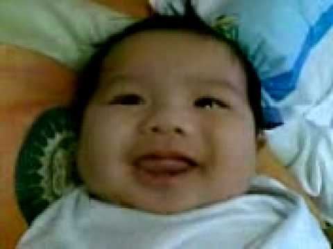 Jairo Gabriel - cute smile 03-24-09(2nd month)