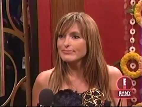 Mariska Hargitay Emmy Interview 2006
