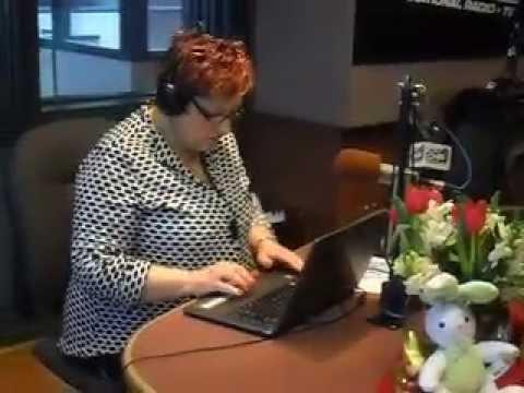 Manhas de Domingo na CHIN Radio 100.7 FM