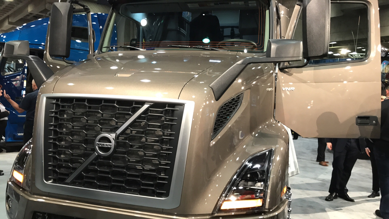 2018 volvo rig. plain rig new  with 2018 volvo rig k