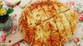 Homemade Garlic Cheese Bread Sticks | Cheesy Garlic Bread |JosephineRecipes.co.uk