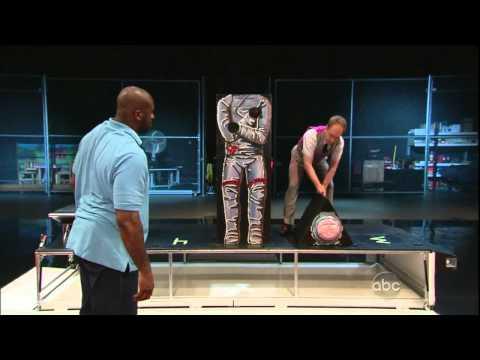 Shaq vs Penn and Teller