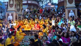 Ganga Arati at Parmarth Niketan Ashram in Rishikesh - 2015