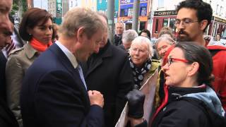 An Taoiseach Enda Kenny confronted by protesters