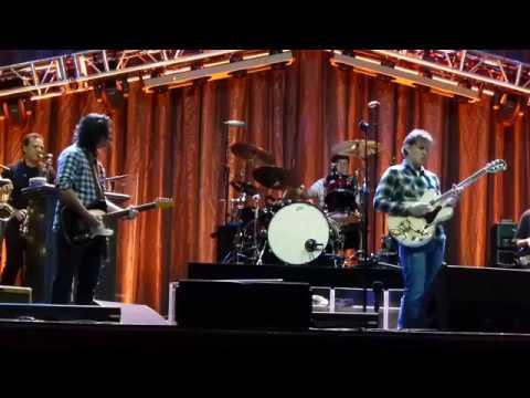 Joe Bonamassa & Davy Knowles soundcheck in Baltimore - 11/26/16 Lyric Opera House