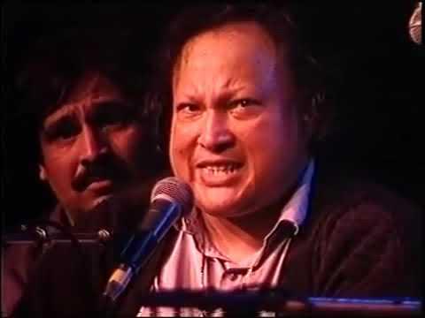 Mera Piya Ghar Aya Qawali by Ustad Nusrat Fateh Ali Khan in Rivermead Festival London Mp3