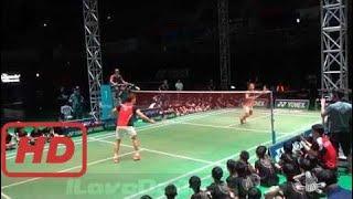Love badminton    Badminton Exhibition 2017 - LEE Yong Dae vs Peter GADE