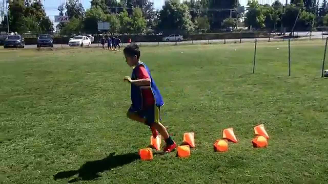 Futbol Para Niños - Jugadas En Ataque - YouTube 11d17d5d19faf