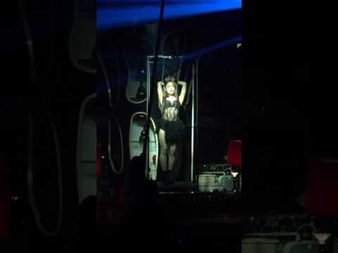 Nightclub stripper in Chengdu