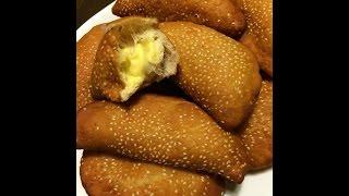 Bánh Tiêu Cadé - Hollow Donuts Filled With Custard
