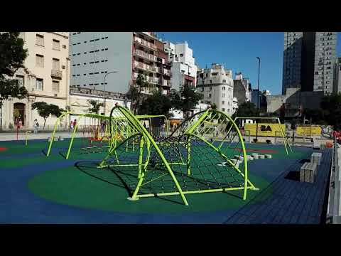 """<h3 class=""""list-group-item-title"""">Manzana 66, el nuevo parque público visto desde un drone</h3>"""