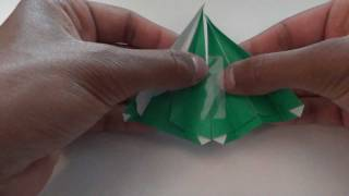 Fold An Origami Christmas Tree (simple).
