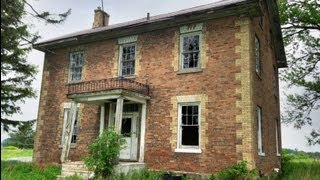 Urban Exploration: Abandoned Oxford Farmhouse