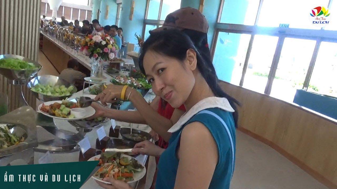Kinh nghiệm ăn buffet đúng cách tại các nhà hàng sang trọng