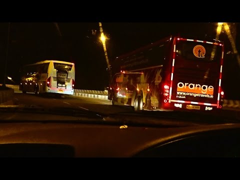 KSRTC Volvo 9400 vs Orange Volvo 9400 i-shift : Insane driving at night
