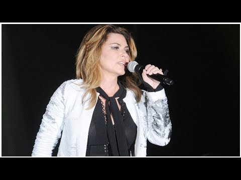 Shania Twain Says She'd Have Voted for Trump, Issues Apology