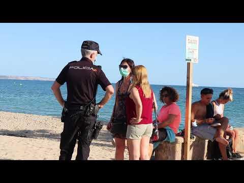 Mallorca cierra sus playas en la víspera de Sant Joan