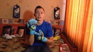 Обзор вратарских перчаток Uhlsport Eliminator Soft 2015 от Gloves N' Kit(, 2015-07-26T01:33:04.000Z)