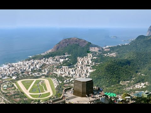 Christ Redeemer Disappeared Nearly One Day With Magic   World 7 Wonders