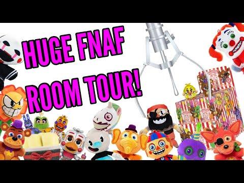 HUGE FNAF ROOM TOUR!•Pandog76